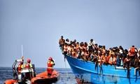 Puluhan orang yang tewas karena tenggelam-nya kapal di lepas pantai Libia
