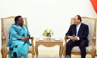 PM Vietnam, Nguyen Xuan Phuc secara terpisah menerima Menlu Liberia dan Dubes Afrika Selatan serta Gabungan Organisasi Ekonomi Jepang