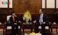 Presiden Vietnam, Tran Dai Quang secara terpisah menerima Dubes Singapura dan Mesir untuk Vietnam