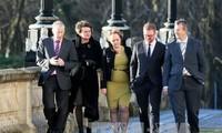 Irlandia Utara mengaktifkan putaran perundingan terakhir tentang pembentukan pemerintah