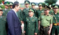 Presiden Vietnam, Tran Dai Quang mengunjungi dan mengucapkan selamat Hari Raya Tet di Provinsi Kom Tum