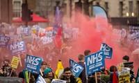 Masalah Bretxit: Ribuan demonstran berseru kepada Pemerintah supaya memberikan bantuan bagi Sistim kesehatan publik