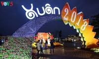 Warga Vietnam dengan rasa bergelora merayakan Hari Raya Tet  2018