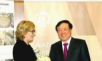 Dua andalan dalam kerjasama hukum Vietnam-Hungaria