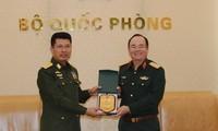 Mempertahankan hubungan kerjasama pertahanan yang efektif antara Vietnam-Myanmar