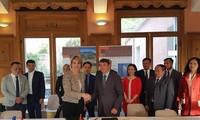 Vietnam dan Perancis melakukan kerjasama dalam mengkonservasikan dan mengembangkan Geopark Global
