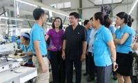 Peringatan Hari Buruh 1/5: Serikat Buruh Vietnam- fundasi mantap bagi para pekerja