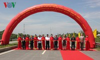 Peresmian Proyek pembangunan jembatan Cao Lanh dan jalan yang menyambungkan Cao Lanh-jembatan Vam Cong