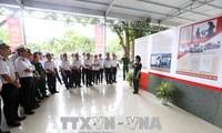 """Pameran """"Presiden Ho Chi Minh dengan gerakan kompetisi patriotik"""""""