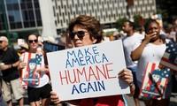 AS: Ratusan ribu orang melakukan demonstransi untuk memprotes kebijakan migran