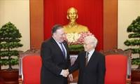 Mendorong perkembangan  hubungan kemitraan komprehensif Vietnam-AS secara berhasil-guna
