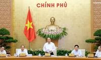 PM Vietnam, Nguyen Xuan Phuc memimpin sidang periodik Pemerintah bulan 8/2018