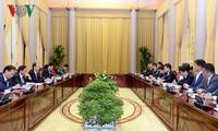 Presiden Vietnam,Tran Dai Quang menerima penasehat istimewa Grup Mainichi-Jepang