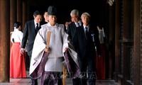 Tiongkok dan Republik Korea memberikan reaksi terhadap pengiriman benda sajian yang dilaksanakan PM Jepang kepada  Kuil Yasukuni