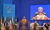 Menhan Vietnam, Ngo Xuan Lich menghadiri upacara pembukaan Forum ke-8 Xiang San Beijing