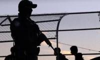 Presiden AS, Donald Trump menegaskan bahwa AS sedang menggelarkan tentara ke daerah perbatasan dengan Meksiko
