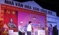 Kepala Departemen Penggerakan Massa Rakyat KS PKV, Truong Thi Mai menghadiri Hari Persatuan Besar  Seluruh Bangsa  di Provinsi Hoa Binh