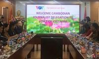 VOV akan memberikan bantuan teknik kepada cabang keradioan Kamboja