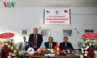 Asosiasi Republik Czech-Vietnam berupaya membela citra Vietnam di Czech