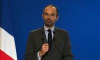 PM Perancis menekankan dialog dan persatuan nasional