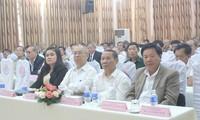 Tidak henti-hentinya memperkokoh dan mengembangkan hubungan kerjasama yang komprehensif dan berkesinambungan Vietnam-Kamboja