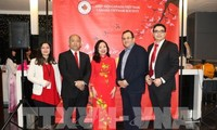 Aktivitas merayakan Hari Raya Tet dari kaum diaspora Vietnam