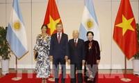 Presiden Republik Argentina mengakhiri kunjungan kenegaraan di Vietnam