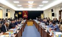 Menjamin lingkungan investasi yang sebaik-baiknya kepada para investor asing untuk berkembang di Vietnam