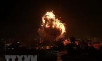 Israel melakukan serangan udara terhadap Gaza untuk memberikan balasan terhadap penembakan roket