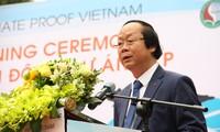 """Mengawali proyek: """"Iklim Vietnam – Kerjasama pendidikan untuk mencapai perubahan yang berkesinambungan di daerah-daerah dataran rendah"""""""