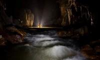 Jumpa pers memperkenalkan penyelaman eksplorasi di sungai bahwa tanah dalam gua Son Doong