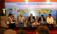 Kerjasama Viet Nam – Belanda tentang menajemen sumber daya air minum di Daerah Dataran Rendah Sungai Mekong