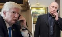 Presiden AS dan Rusia mengadakan pembicaraan telepon tentang banyak masalah panas