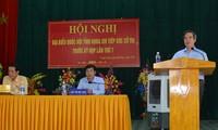 Pimpinan Partai dan negara Vietnam melakukan kontak dengan pemilih berbagai daerah