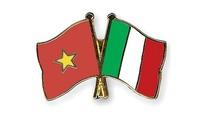 Mendorong peranan sebagai jembatan penghubung antar- mitra Vietnam-Italia