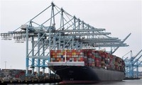AS belum mengajukan batas waktu terakhir  bagi sanksi-sanksi lanjutan yang mengenakan tarif terhadap barang Tiongkok