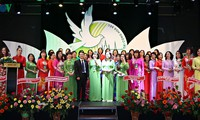 Kongres Federasi Perempuan Vietnam di Republik Czech