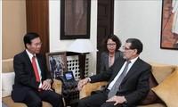 Kepala Departemen Propaganda KS PKV Vo Van Thuong melakukan temu kerja dengan PM dan Ketua Majelis Rendah Maroko