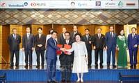 Berbagai grup papan atas Jepang berkomitmen melakukan investasi sebesar 4 miliar USD di Kota Ha Noi