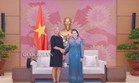 Ketua MN Nguyen Thi Kim Ngan menerima Wakil Presiden Komisi Eropa, Federica Mogherini