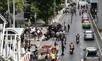 Kalangan otoritas intelijen Thailand mendapat celaan karena tidak bisa mencegah serangan-serangan bom