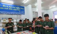 """50 tahun pelaksanaan Testamen Paman Ho: Pameran buku dan foto tematik: """"Presiden Ho Chi Minh hidup dalam usaha kita untuk selama-lamanya"""""""