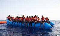 Masalah migran: Menyelamatkan 108 orang di lepas pantai Libia