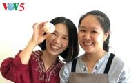 "Arsitek muda start-up dengan brand kue bulan ""Ibu Nghe homemade"