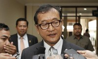 Pengadilan Kamboja mengeluarkan perintah tangkapan terhadap benggolan oposisi yang hidup eksil