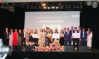 Para pelajar internasional Vietnam di Australia antusias dengan proyek-proyek start-up