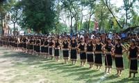 Provinsi Kon Tum mengembangkan nilai-nilai kebudayaan tradisional