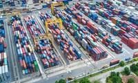 ADB memperingatkan bahwa perdagangan kawasan Asia-Pasifik mengalami deeskalasi