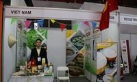 Vietnam menghadiri pekan raya internasional tentang bahan makanan, minuman dan teknologi 2019 di Indonesia