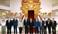 Mendorong berbagi pengalaman internasional tentang usaha mencegah dan memberantas korupsi antara OECD dan Vietnam